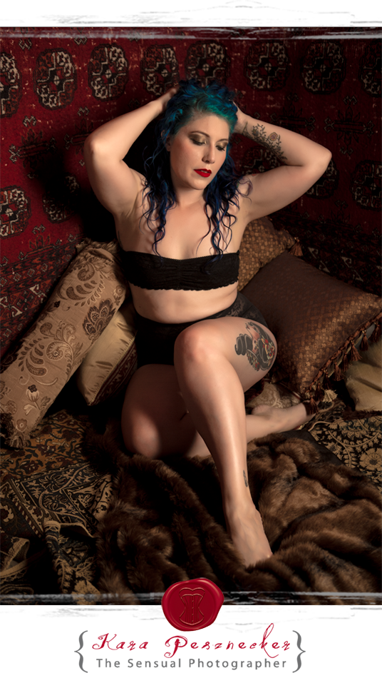 Boudoir Self-Portraits in vintage 1920s styled room | Kara Pesznecker The Sensual Photographer